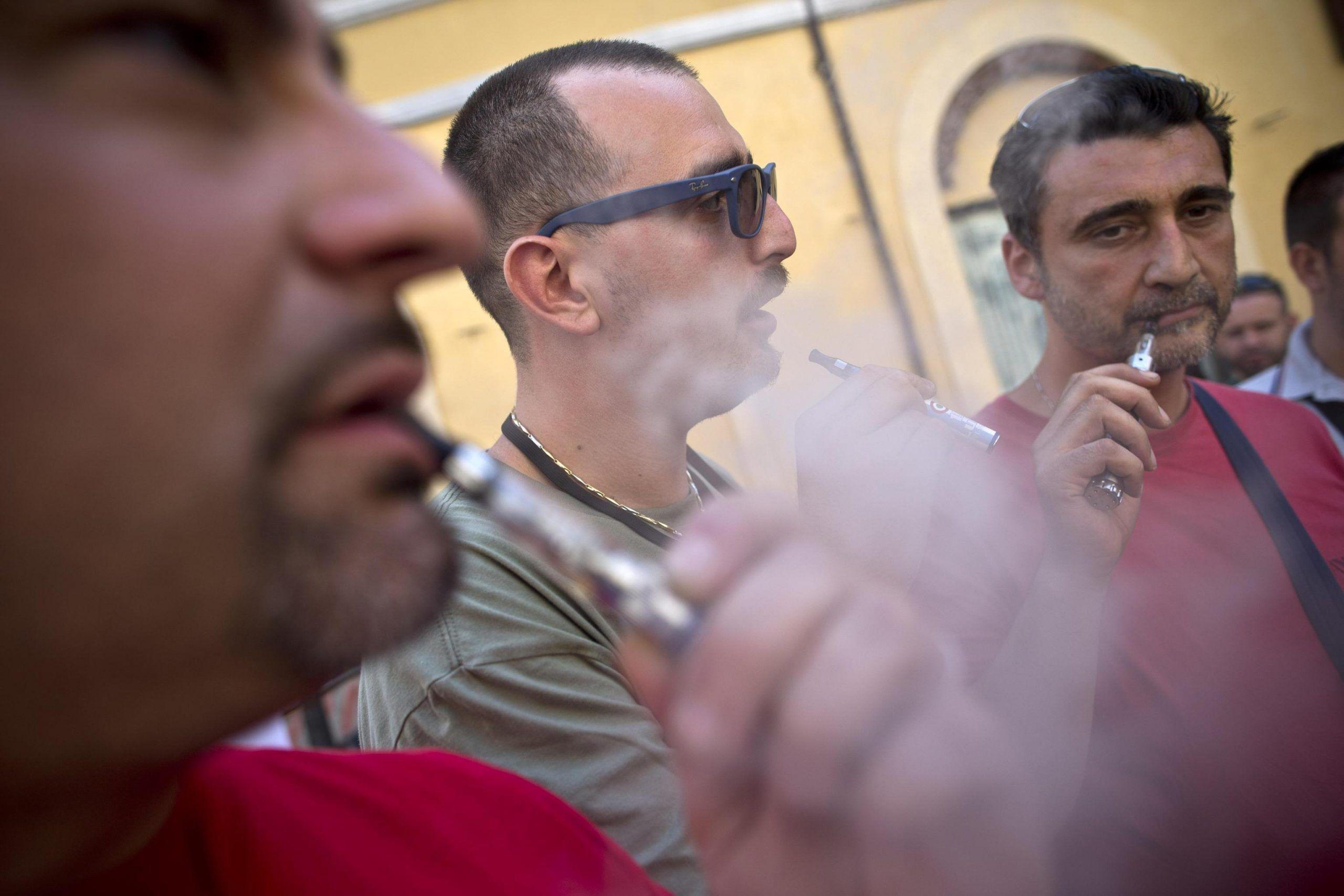Le sigarette elettroniche dannose per il Dna