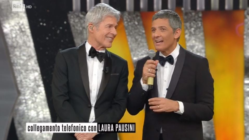 Sanremo 2018, Laura Pausini al telefono in prima serata: Baglioni e Fiorello duettano per lei
