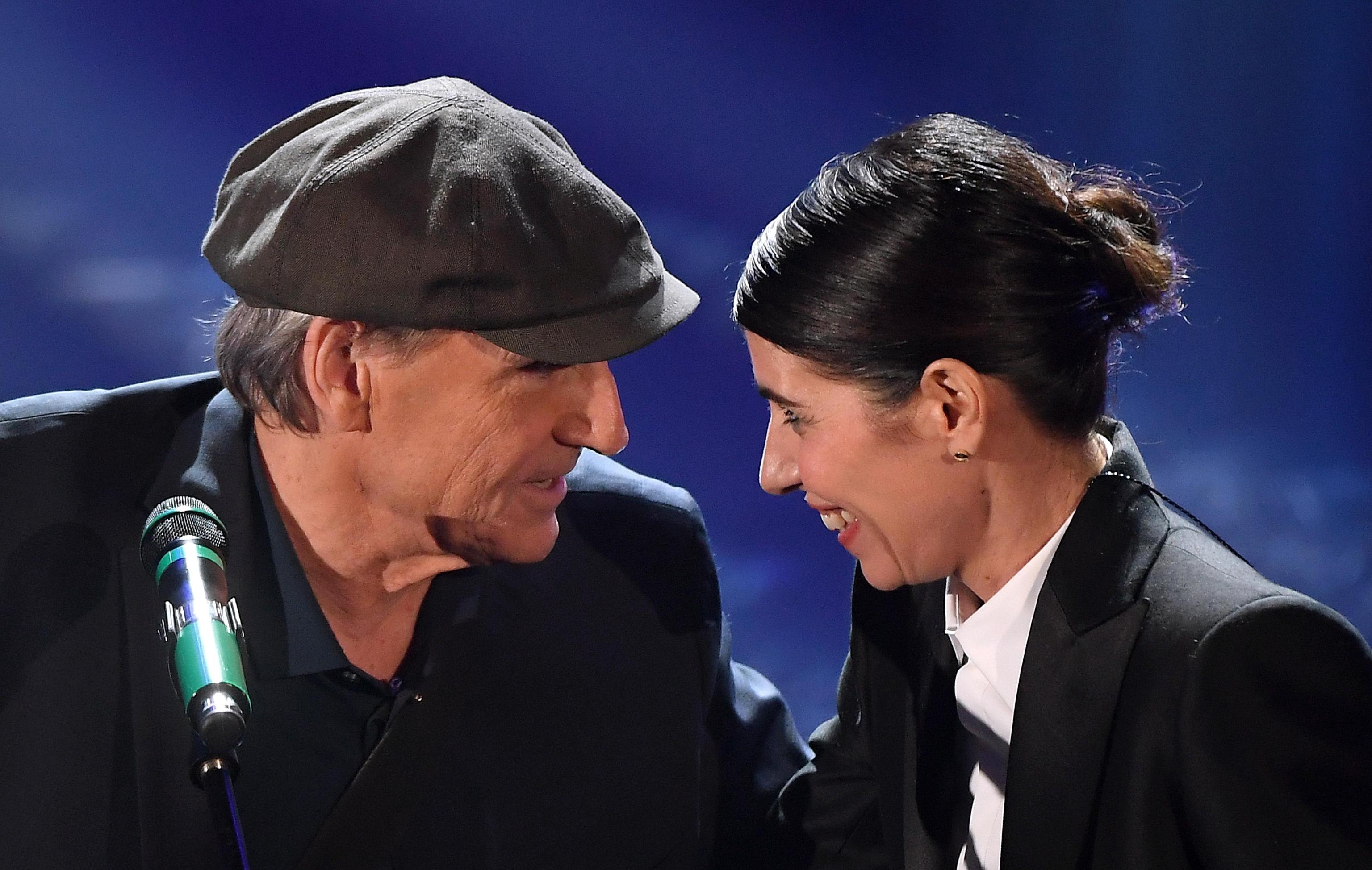 James Taylor al Festival di Sanremo 2018: 'La donna è mobile' e il duetto con Giorgia