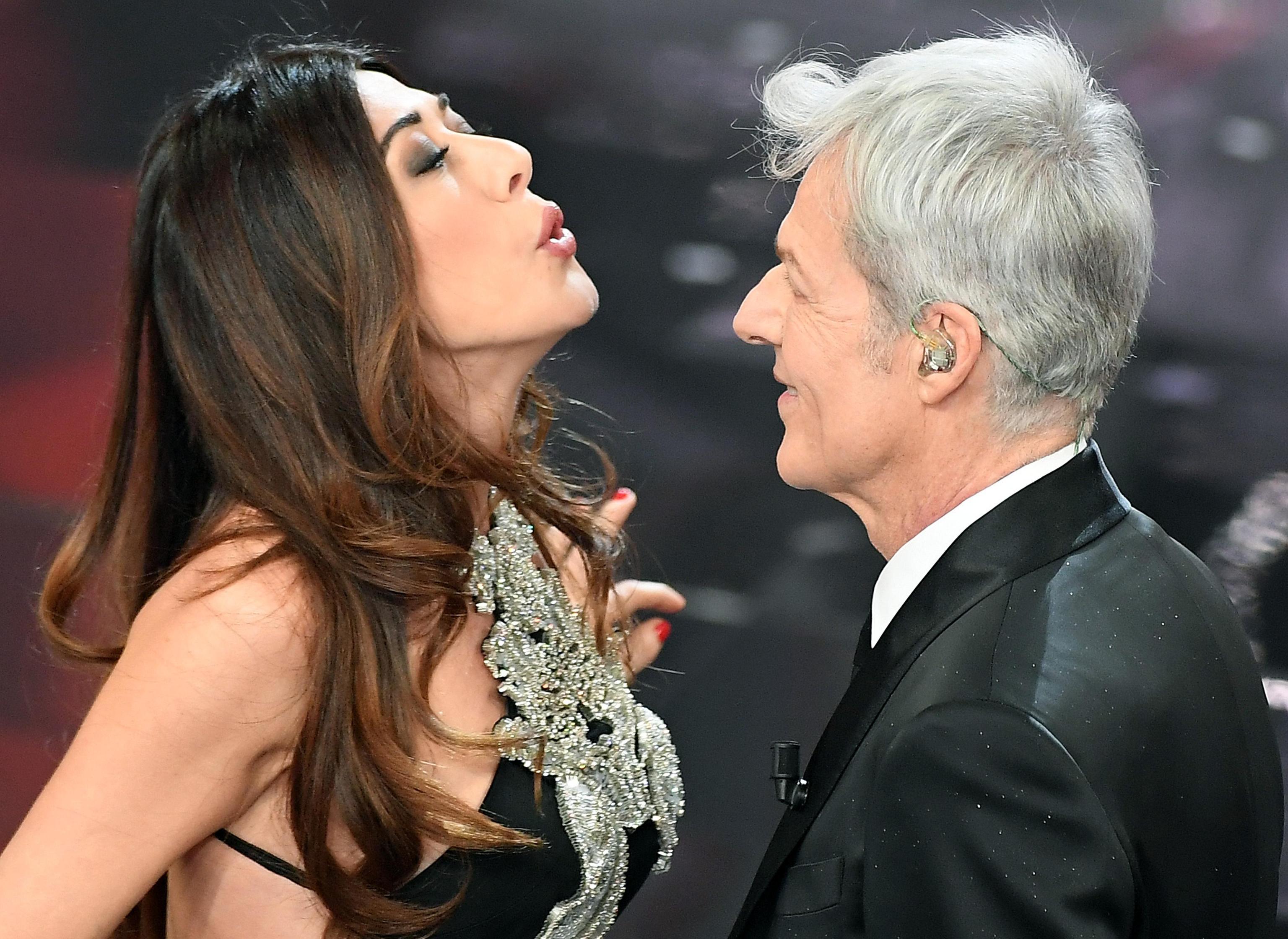 Virginia Raffaele al Festival di Sanremo 2018: l'imitazione di Claudio Baglioni