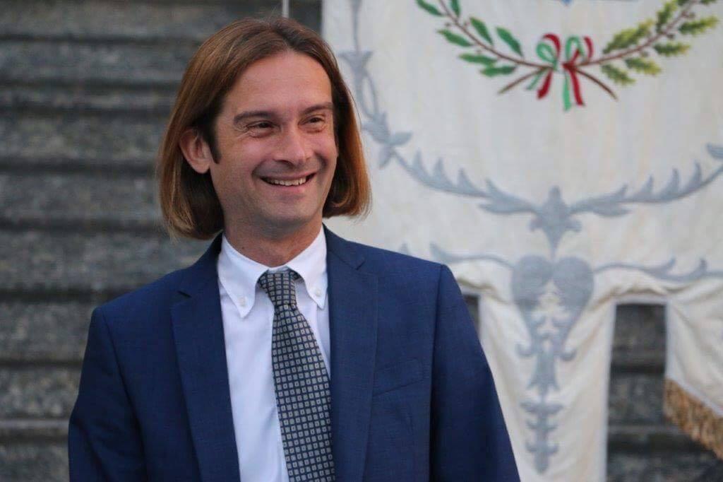 Turbigo, il sindaco alza la Tari a chi ospita i migranti