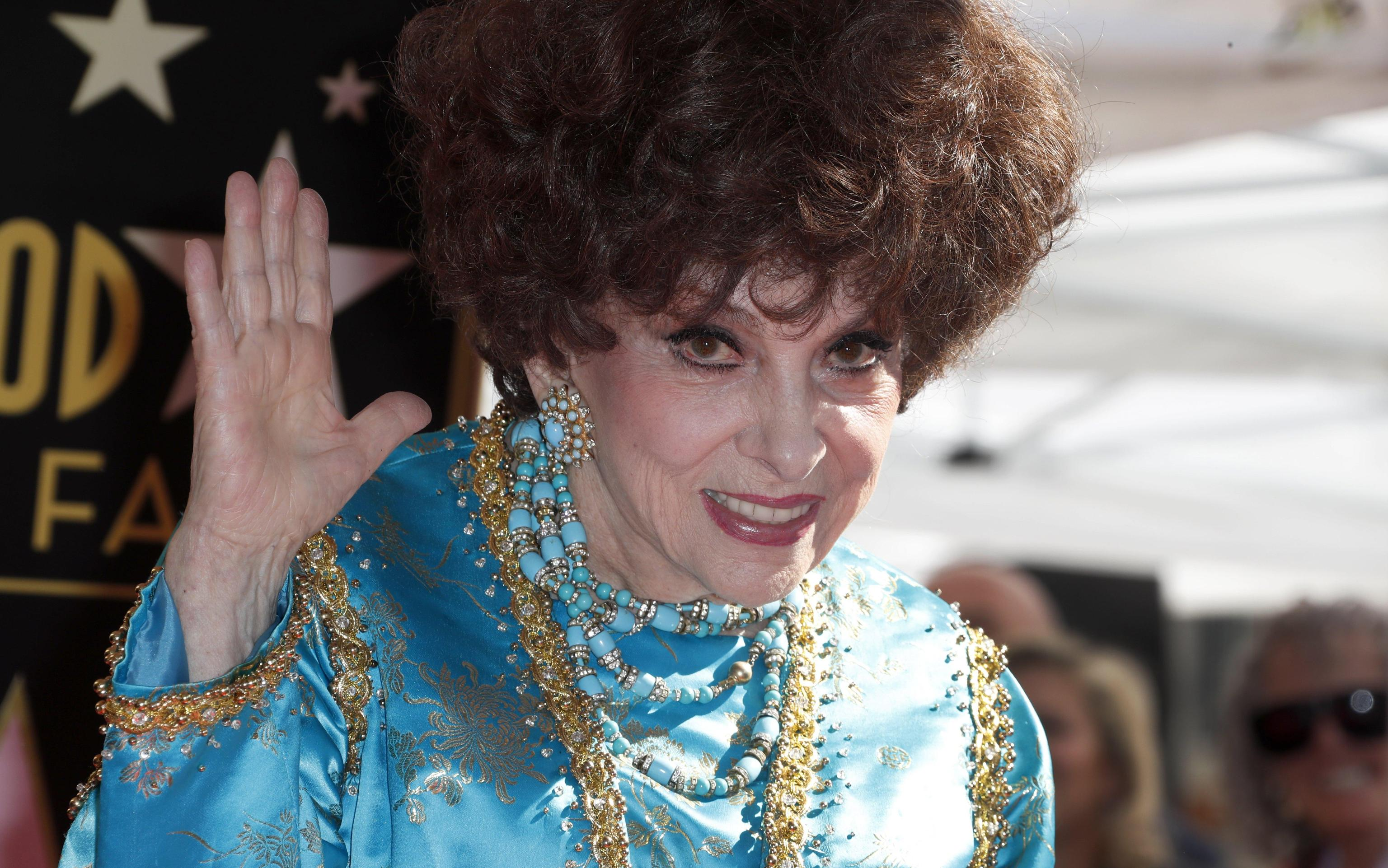 Gina Lollobrigida sulla Walk of Fame: Hollywood celebra l'attrice italiana
