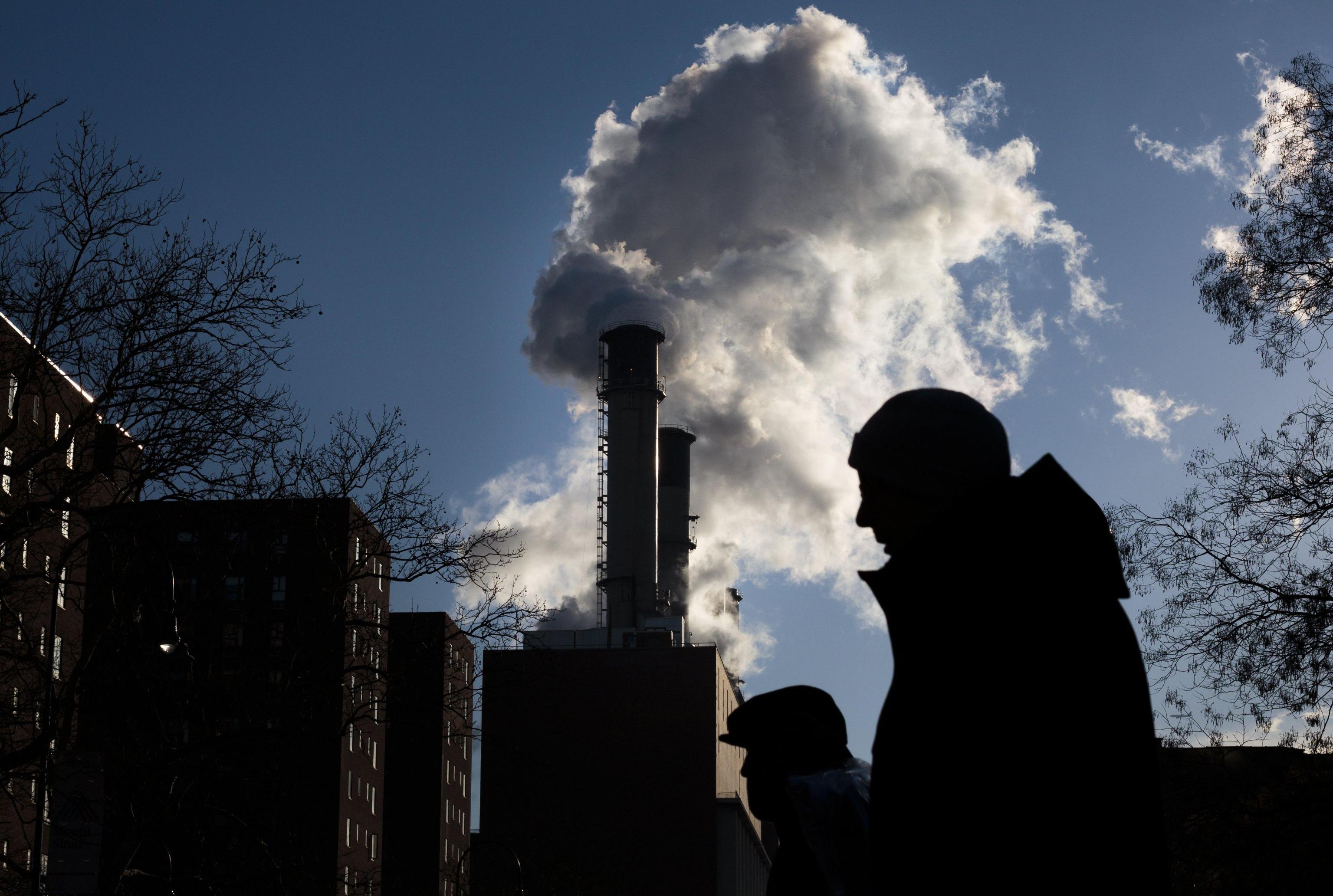 Inquinamento: arriva il tessuto anti smog che migliora la qualità dell'aria