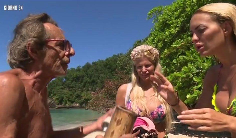 Isola dei Famosi 2018: Gaspare ed Elena Morali litigano per il bagnoschiuma
