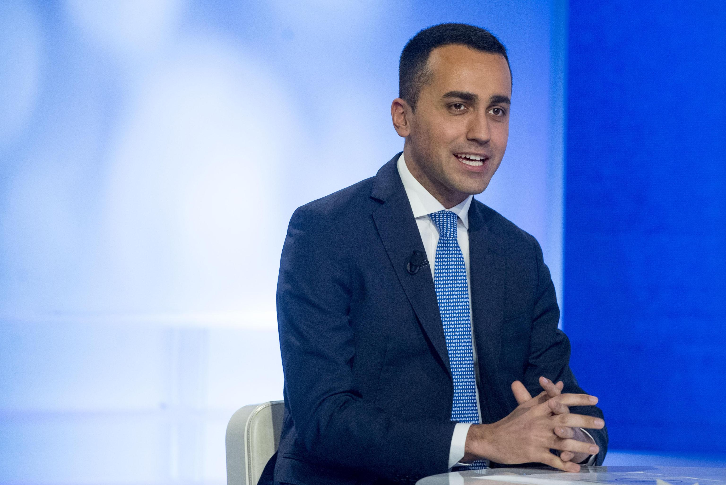 Elezioni: Di Maio, Berlusconi truffatore politico