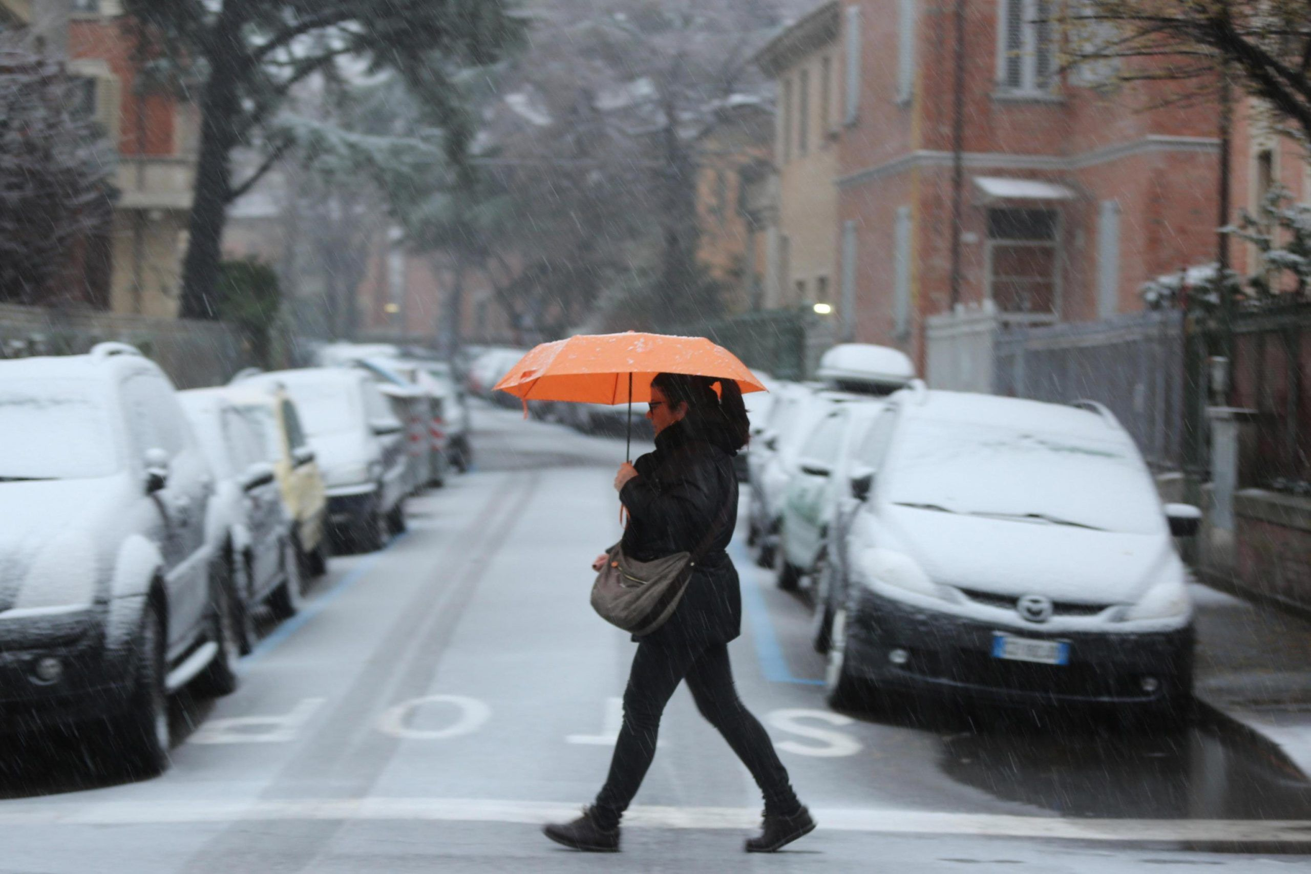 Maltempo: allerta meteo, in arrivo piogge e neve