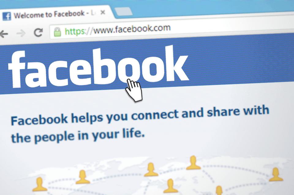 Ragazzo senegalese cerca lavoro su Facebook e viene travolto dagli insulti