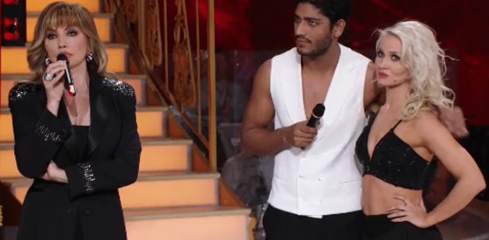 Ballando con le stelle 13, Akash Kumar: 'Ho mentito sulla mia identità, chiedo scusa'