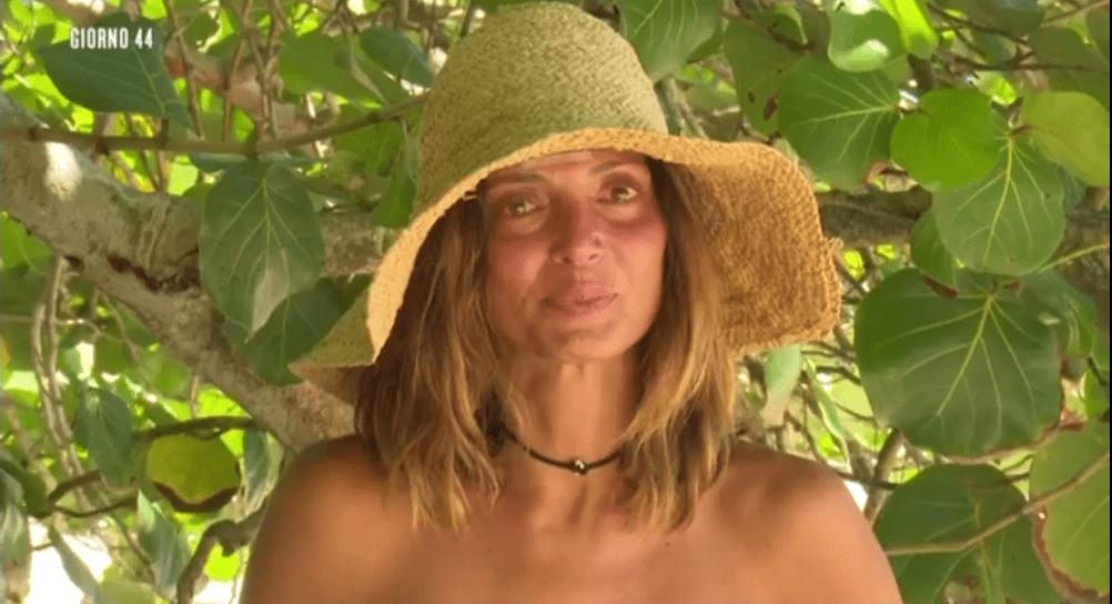Isola 13, Alessia Mancini si commuove pensando ai figli: 'Mi mancate tanto'