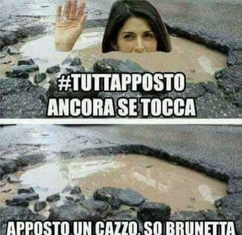Buche a Roma: il web esorcizza il problema con una valanga di meme