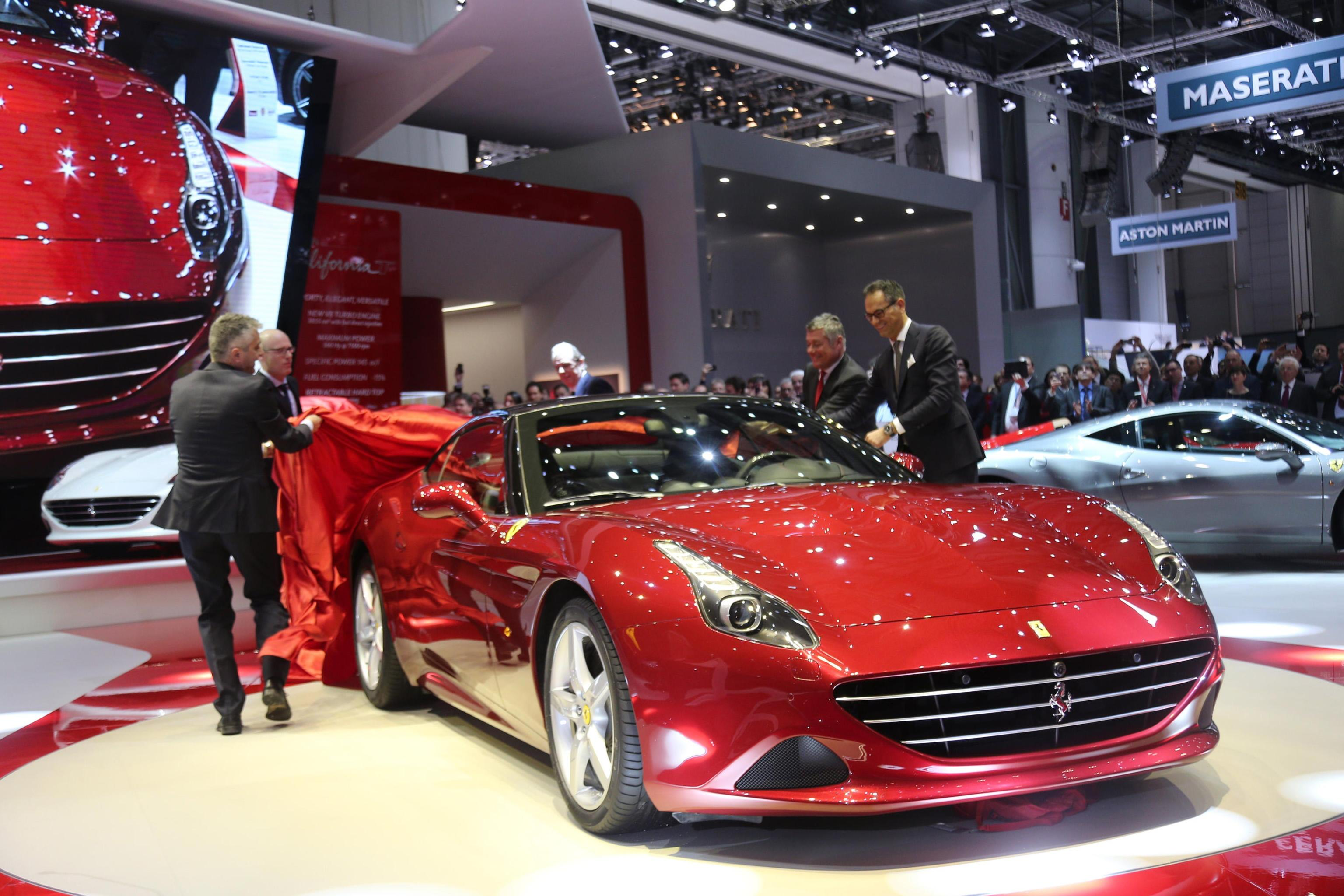 Accordo Ferrari Apple per smart car
