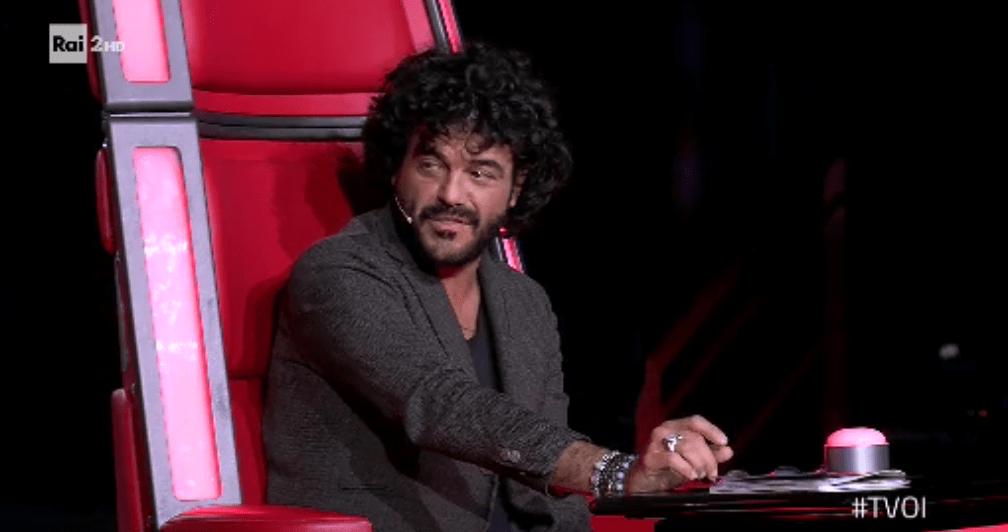 The Voice, Francesco Renga contro un concorrente: 'Lanci la chitarra solo se sei Jimi Hendrix'