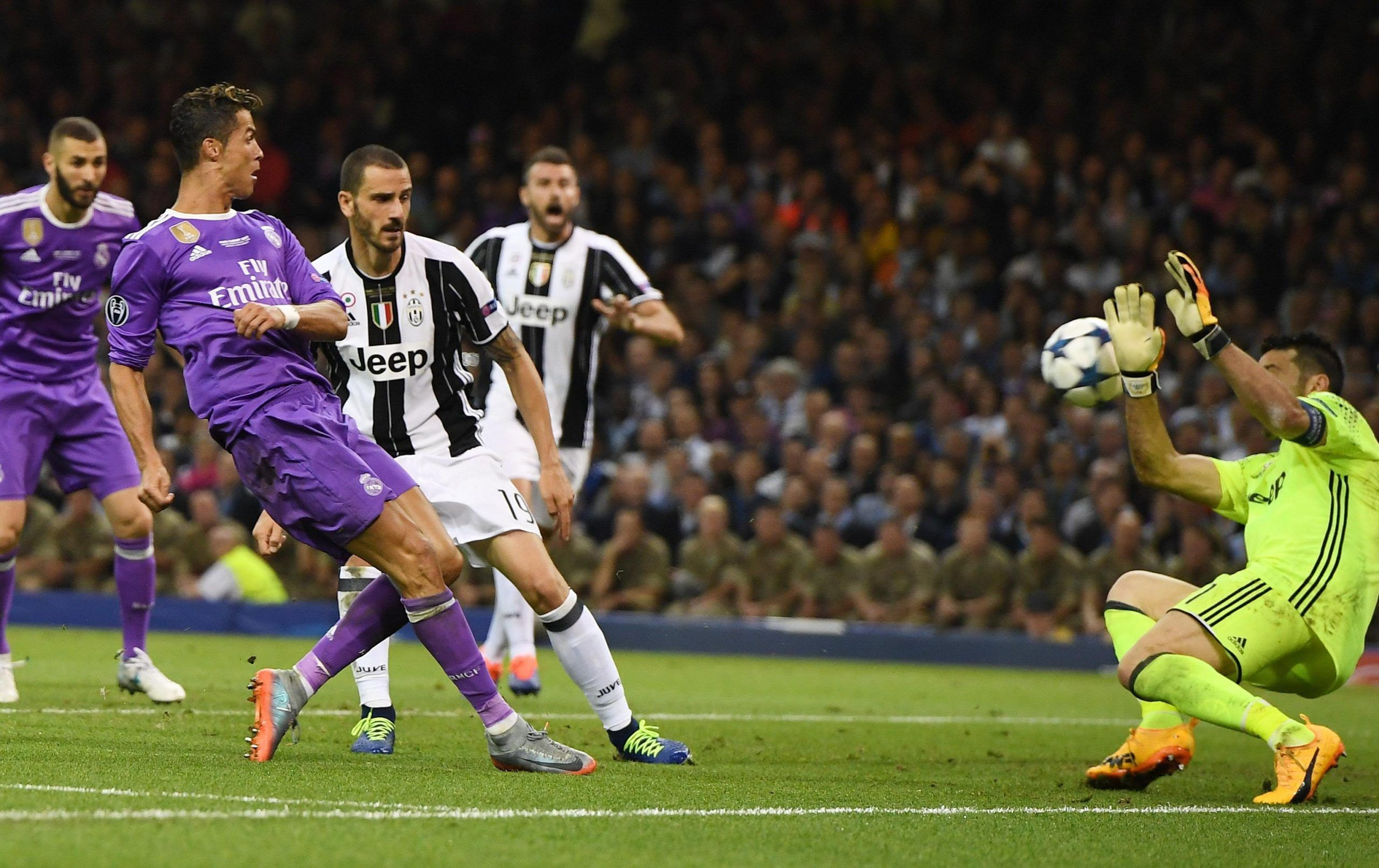 Sorteggi quarti di finale Champions League: brutta tegola per Juve e Roma