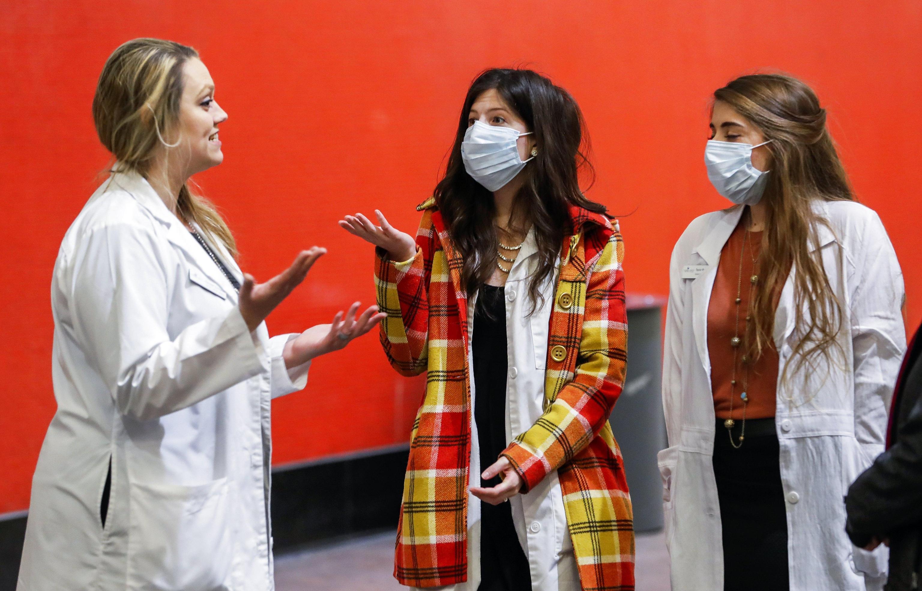 Pandemia di influenza, gli esperti lanciano l'allarme: 'Potrebbe uccidere 33 milioni di persone'