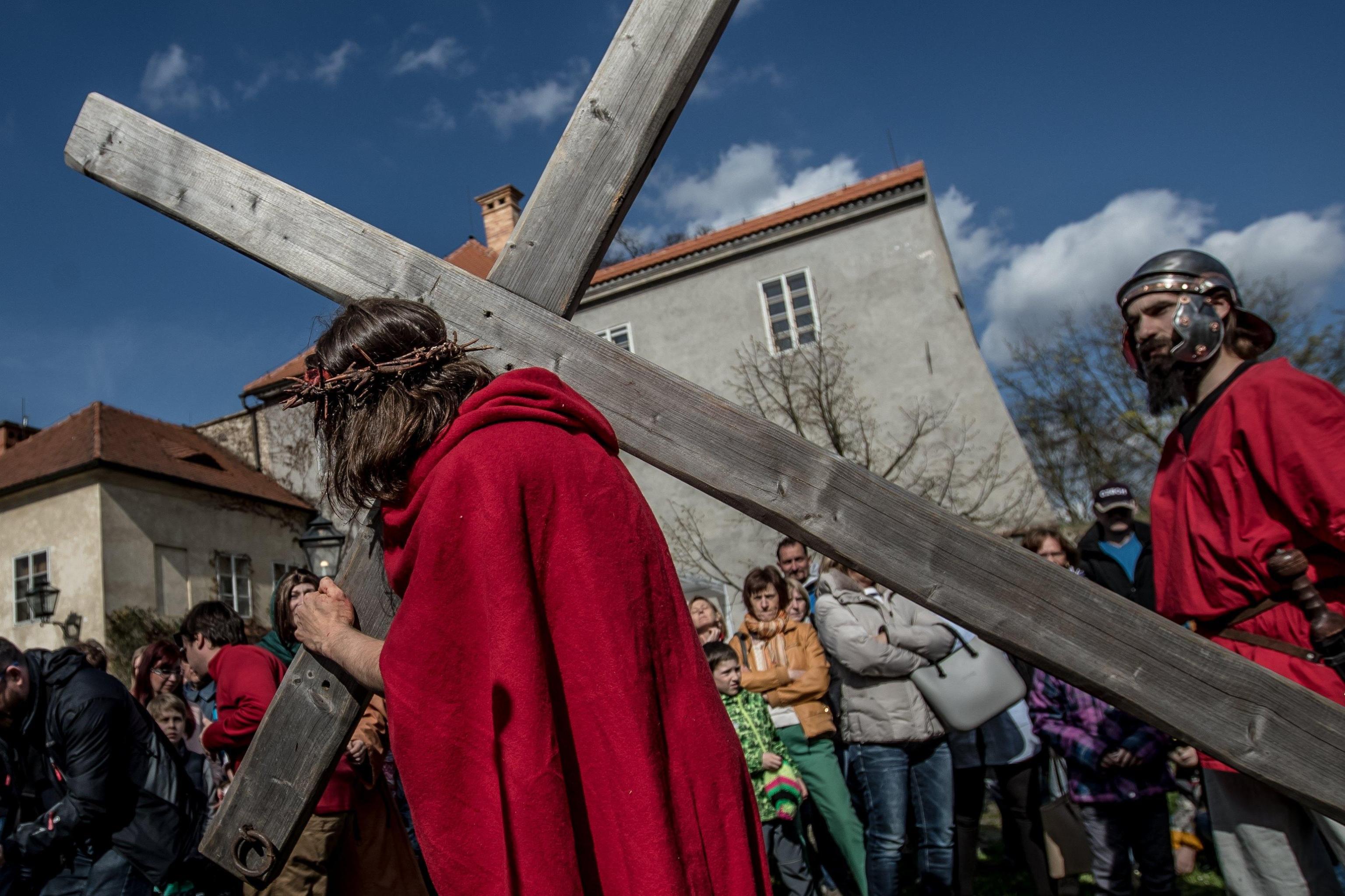 Pasqua: 10 curiosità su crocifissione, morte e resurrezione di Gesù