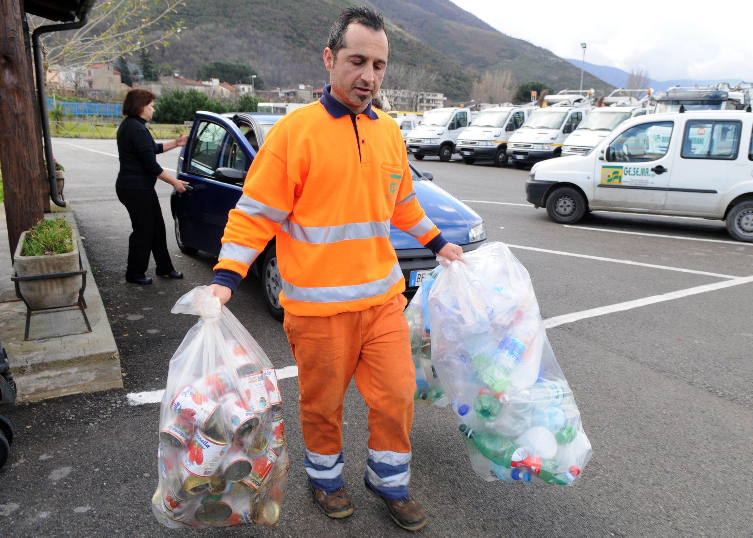 Tari: esenzioni e riduzioni della tassa rifiuti