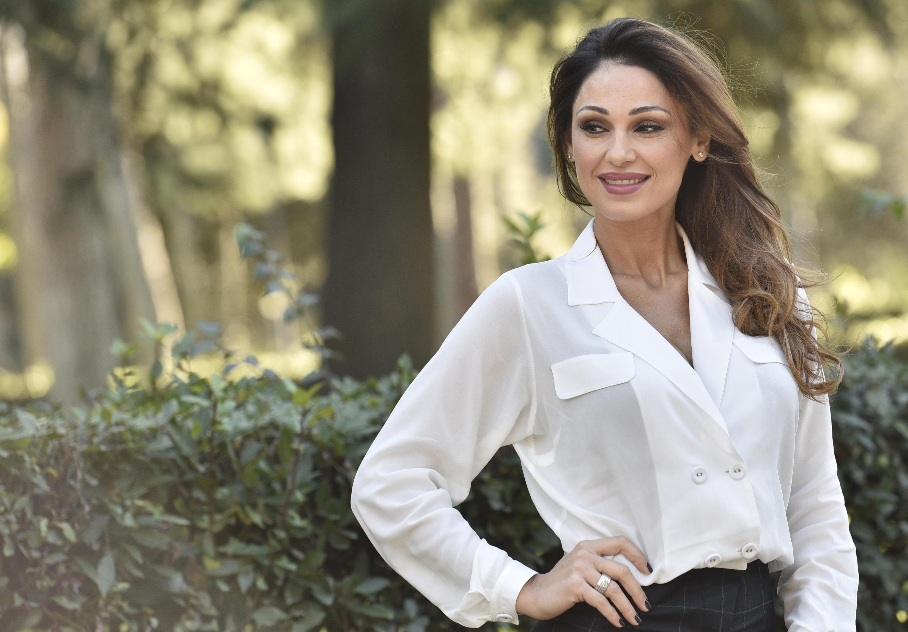 Anna Tatangelo: 'Io e Gigi D'Alessio ci siamo separati, tornerei con lui solo a certe condizioni'