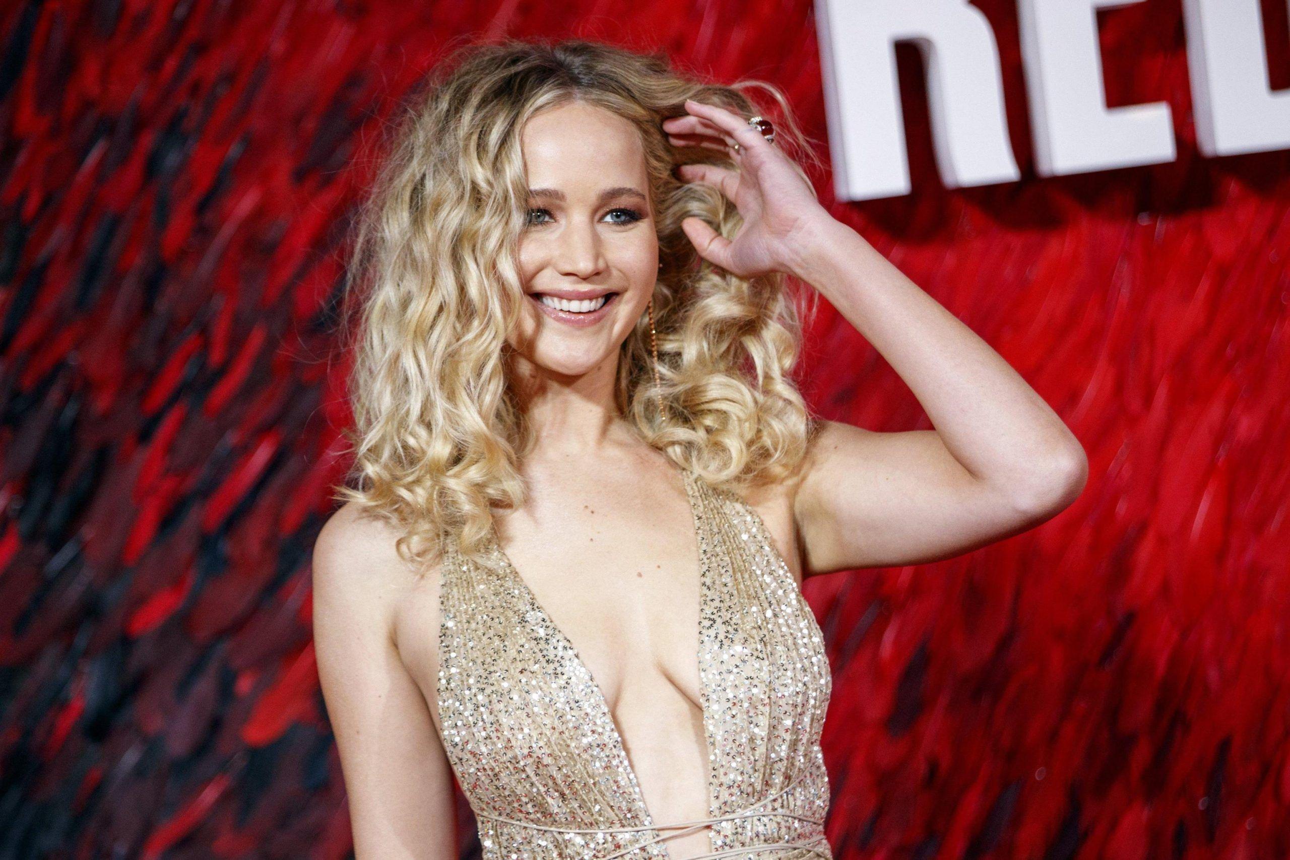 Jennifer Lawrence sposa la castità: 'Mai storie da una notte e via'