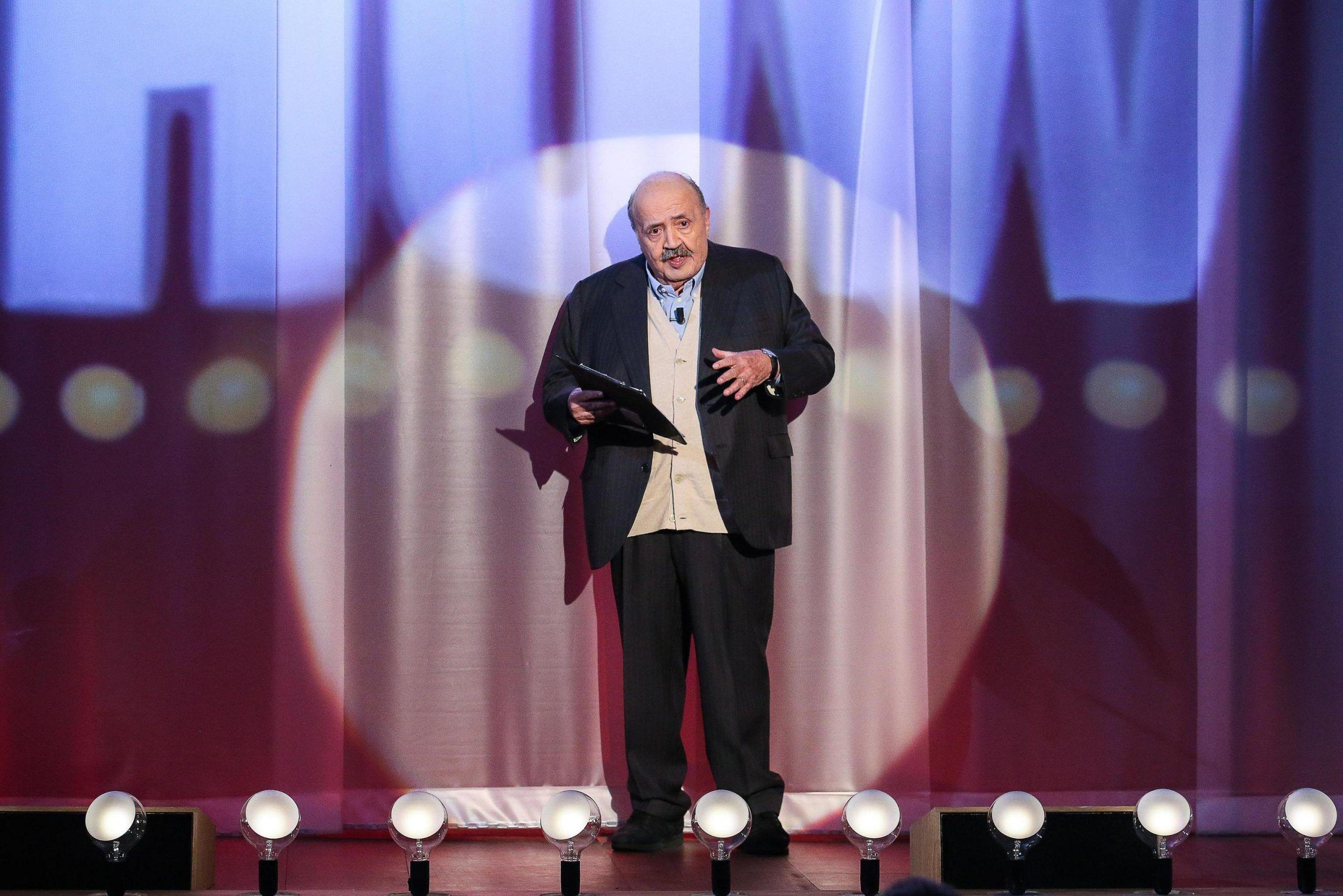 TV: FABRIZIO CORONA, ONE MAN SHOW DA COSTANZO