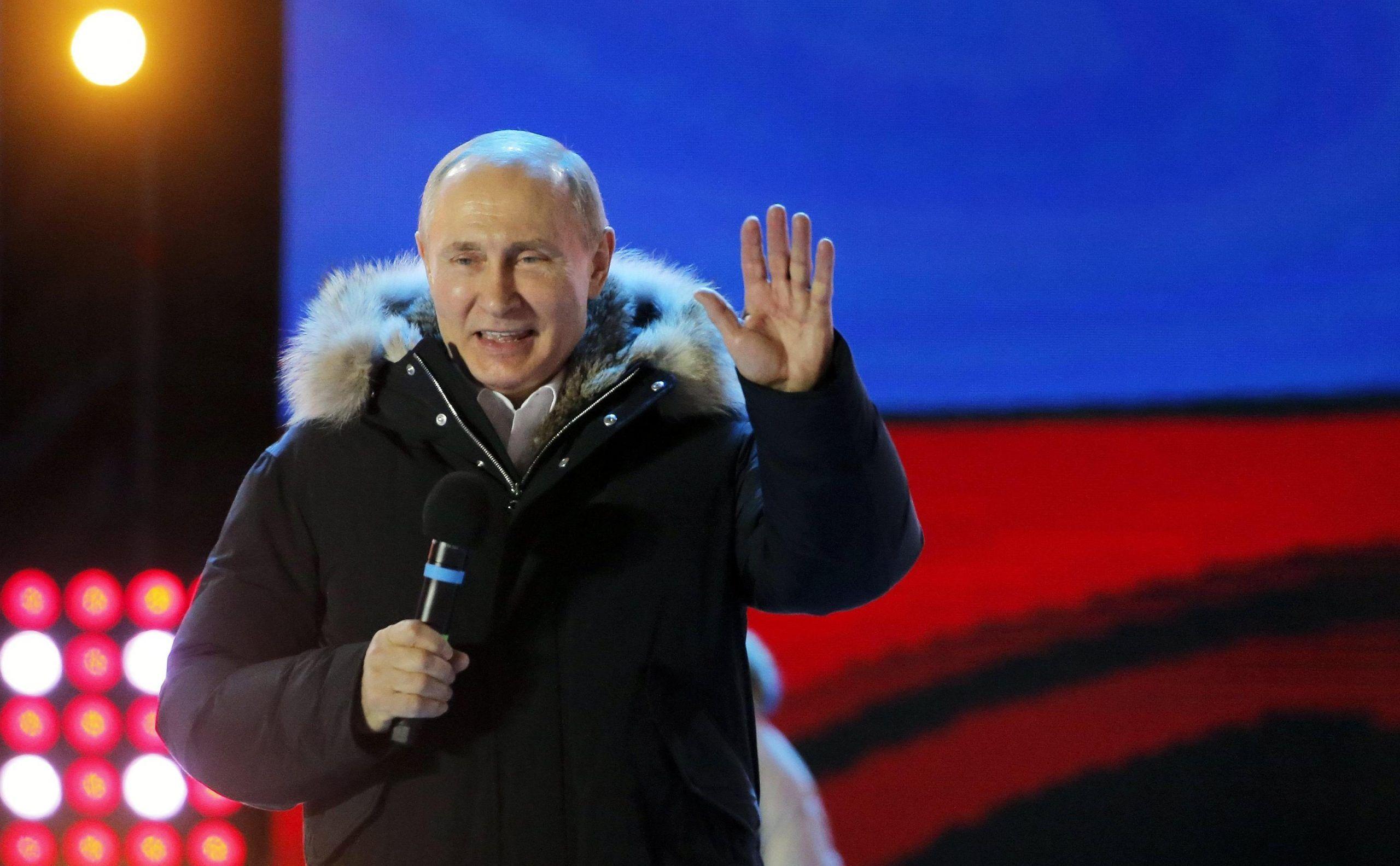 Vladimir Putin eletto presidente