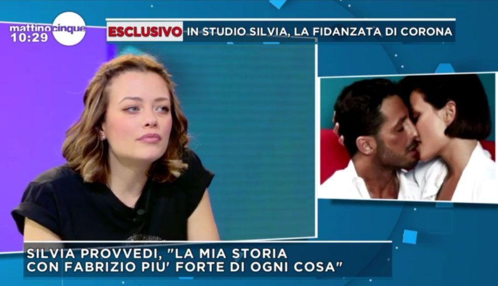 Silvia Provvedi: 'Corona mi ha chiesto di sposarlo ma ora non è il momento'