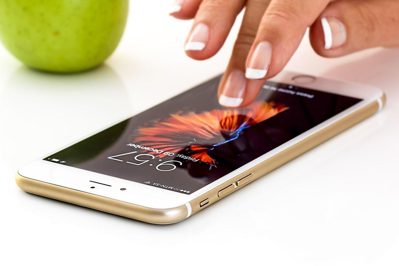 iPhone 8: l'aggiornamento a iOS 11.3 blocca i display non originali