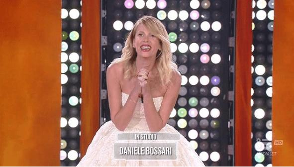 Alessia Marcuzzi esulta per gli ascolti della finale de L'Isola 13: 'Quando ce vò, ce vò'