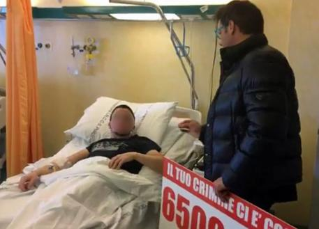 Il leghista Ciocca al ladro albanese ferito: 'Le tue cure costano 6.500 euro, chiedi scusa agli italiani e vai via'
