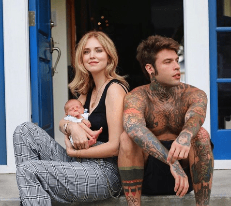 Fedez e Chiara ferragni col figlio Leone