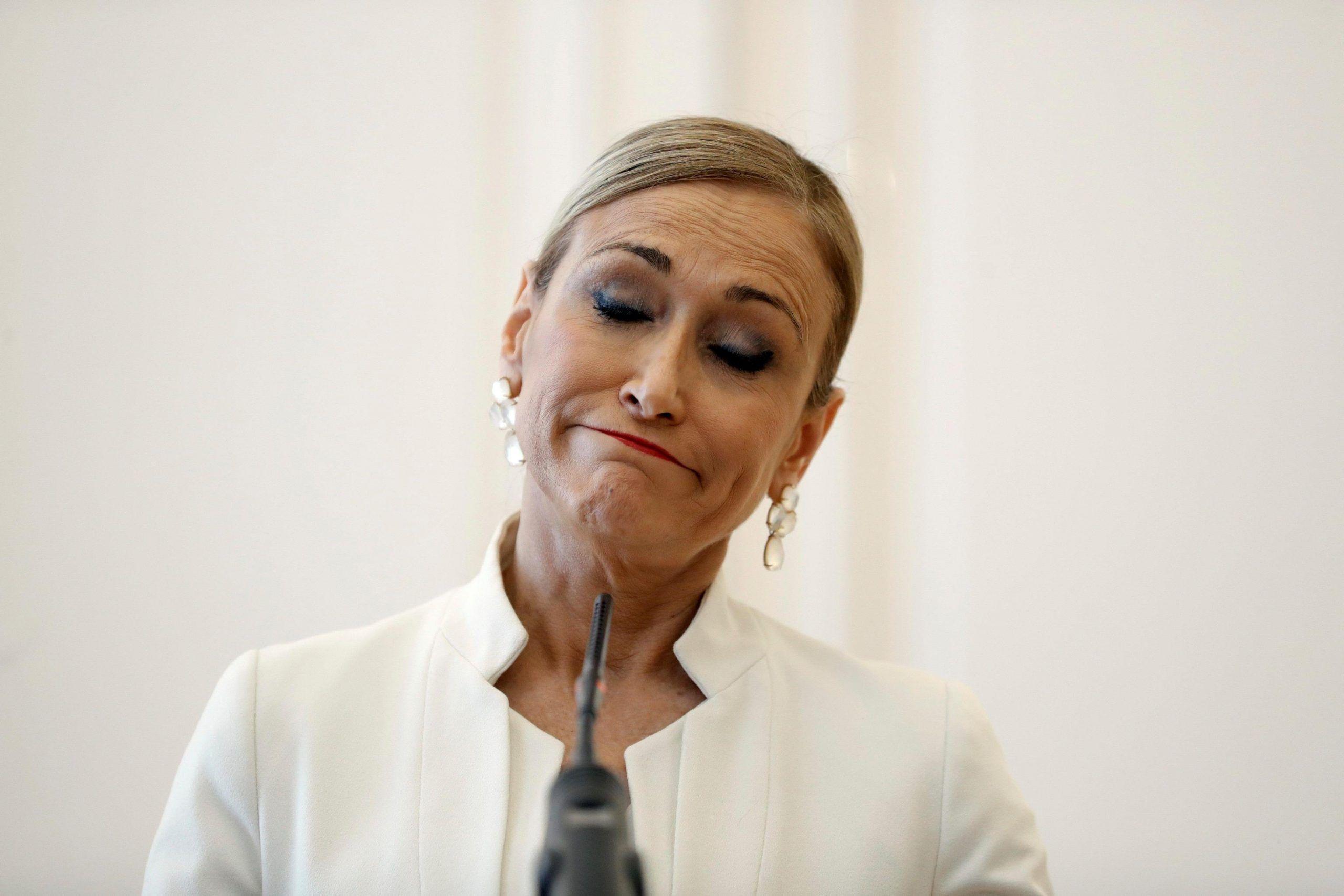 Governatrice di Madrid si dimette