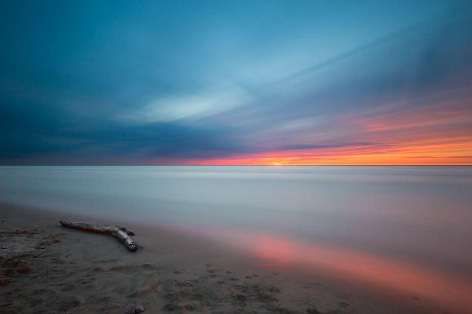 Immagini di mare calmo