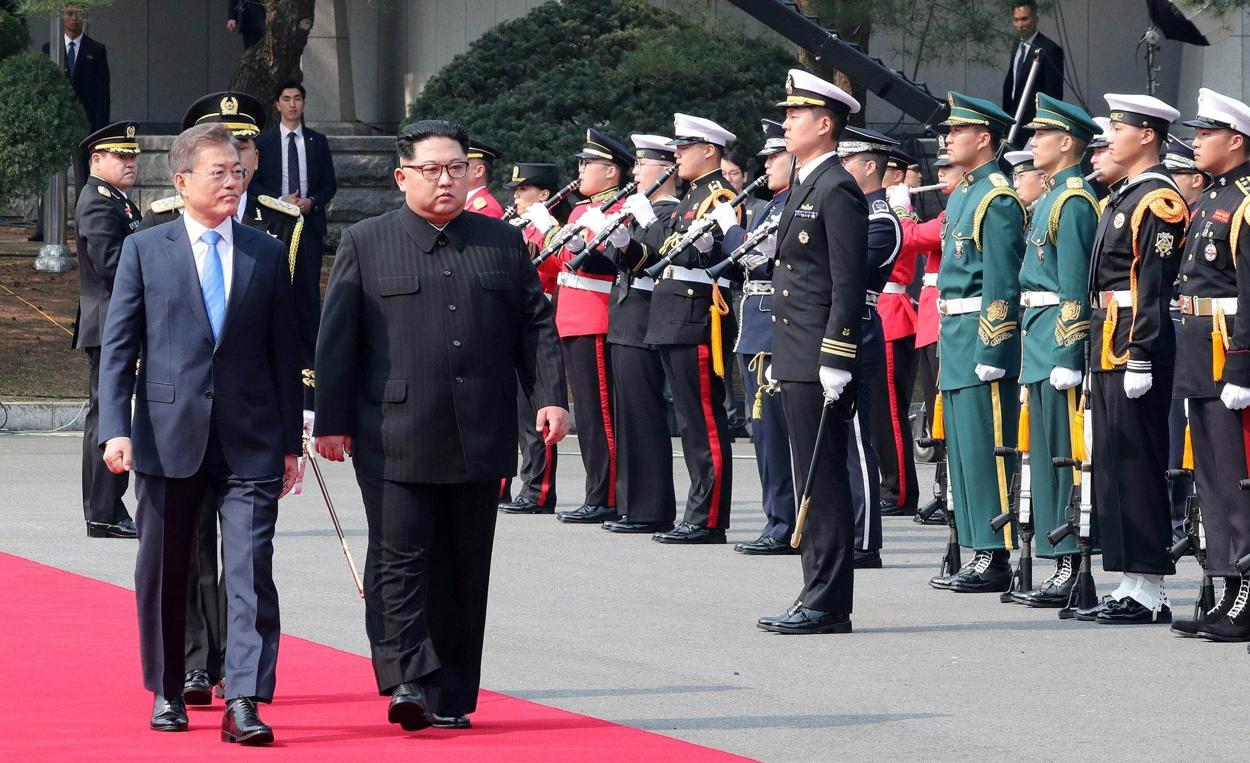 Kim e Moon al confine