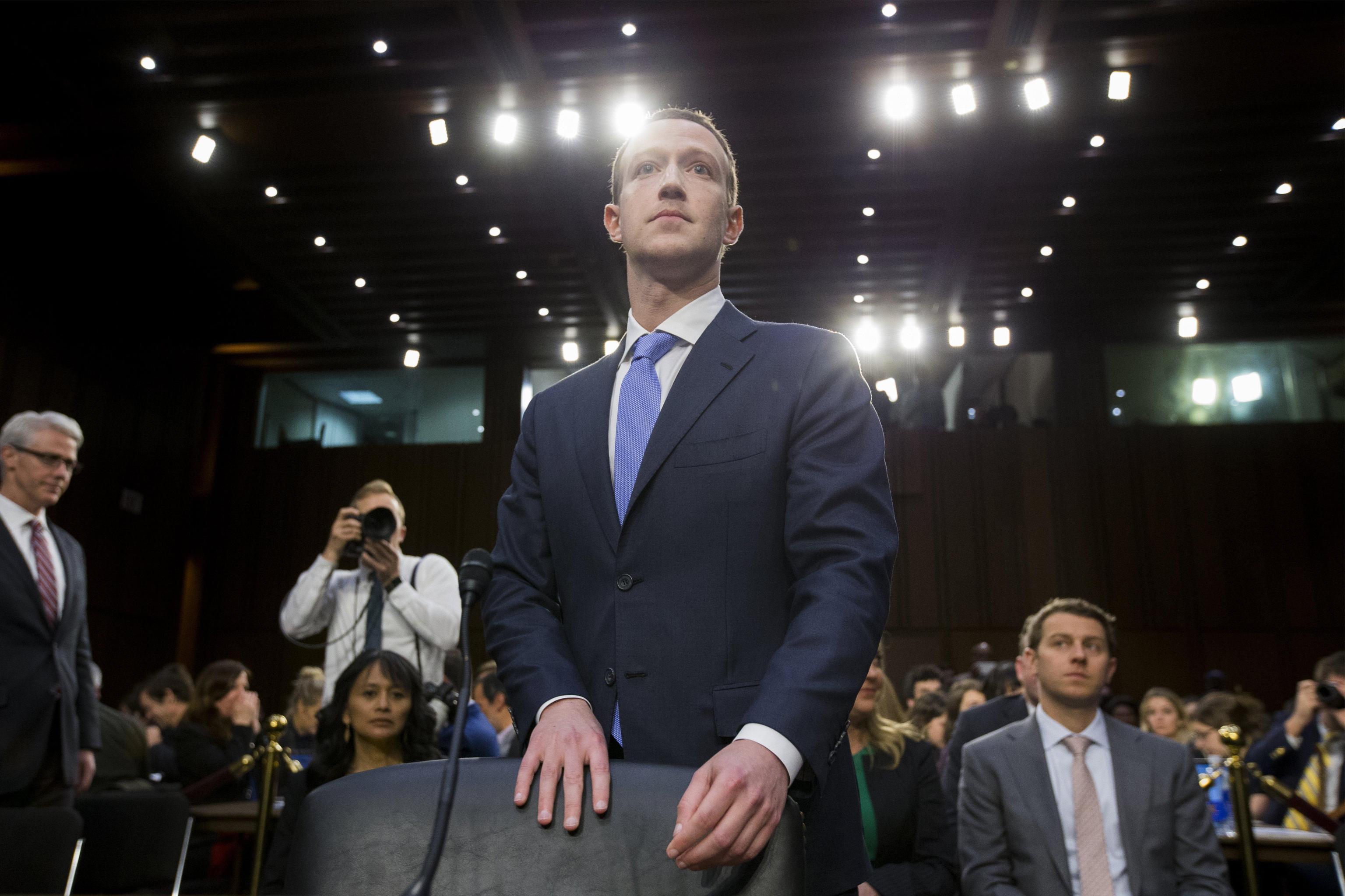 Facebook a pagamento dopo lo scandalo Cambridge Analytica?