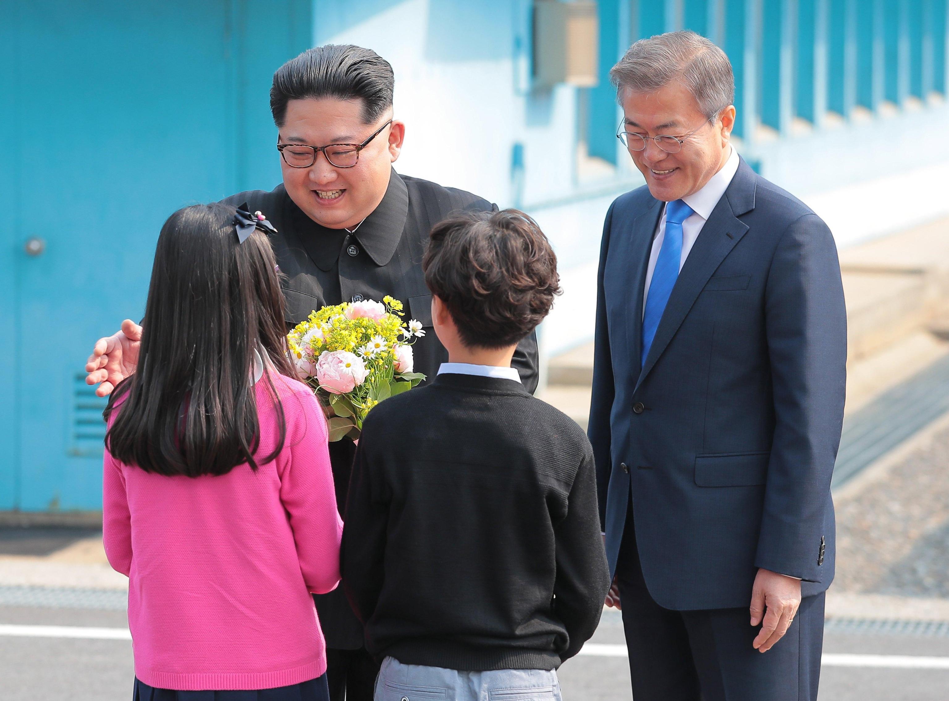 Kim e Moon e bambini