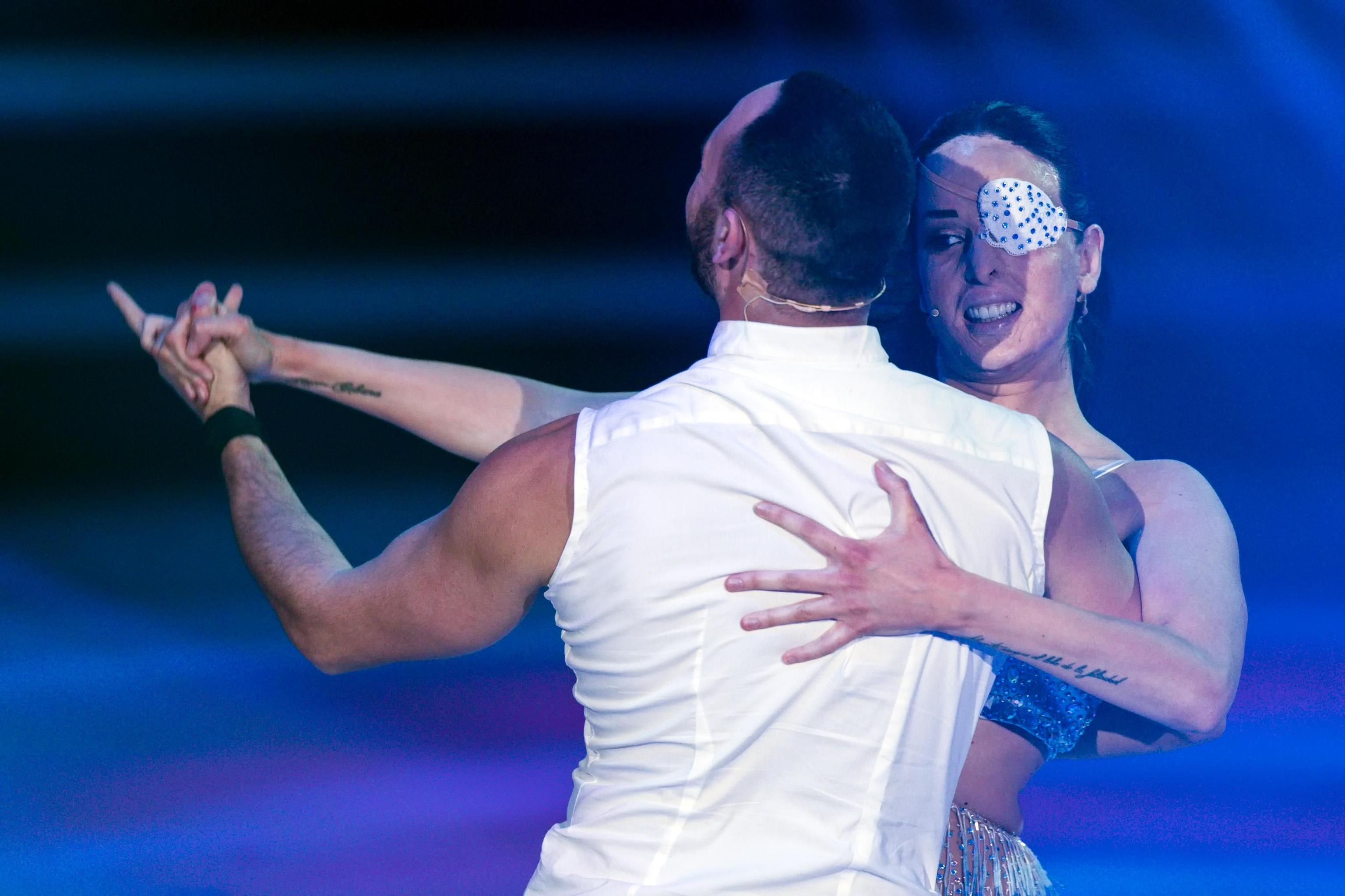 'Ballando con le stelle', Gessica Notaro confessa di ricevere ancora minacce
