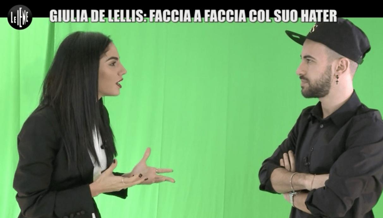 Le Iene, Giulia De Lellis incontra il suo hater: 'Sono ignorante, ma non stupida'