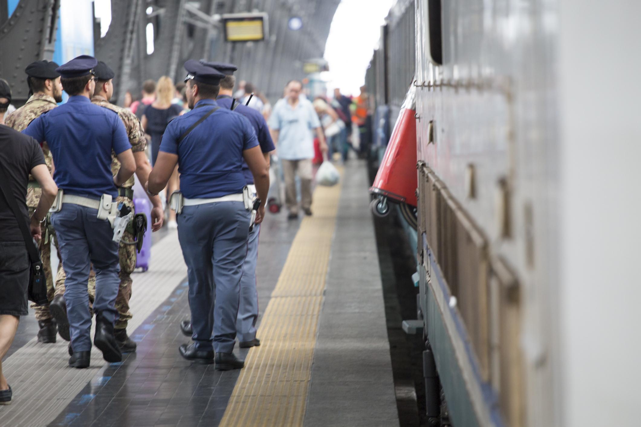 Narcotizzati e derubati sul treno Napoli-Roma: 4 arresti