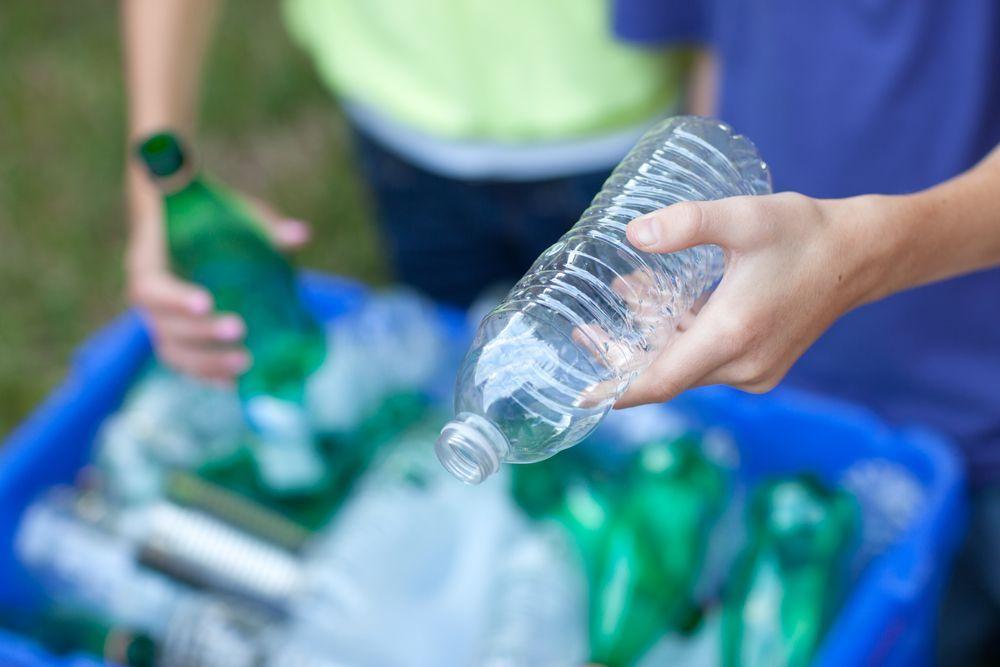 La plastica 'spinge' la raccolta differenziata anche in Italia