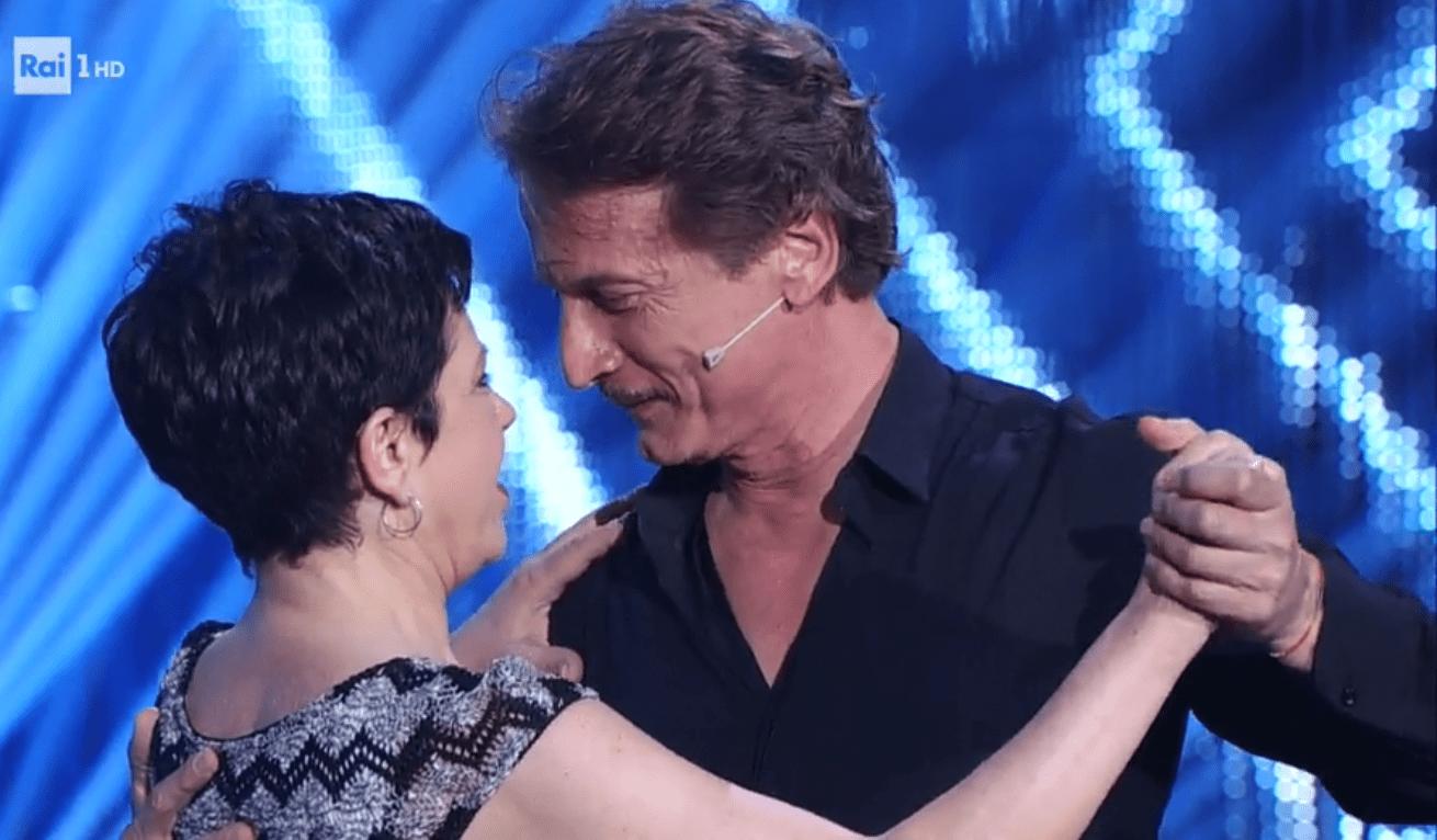 Ballando con le stelle, Cesare Bocci dopo la vittoria: 'Ballare con mia moglie è stato decisivo'