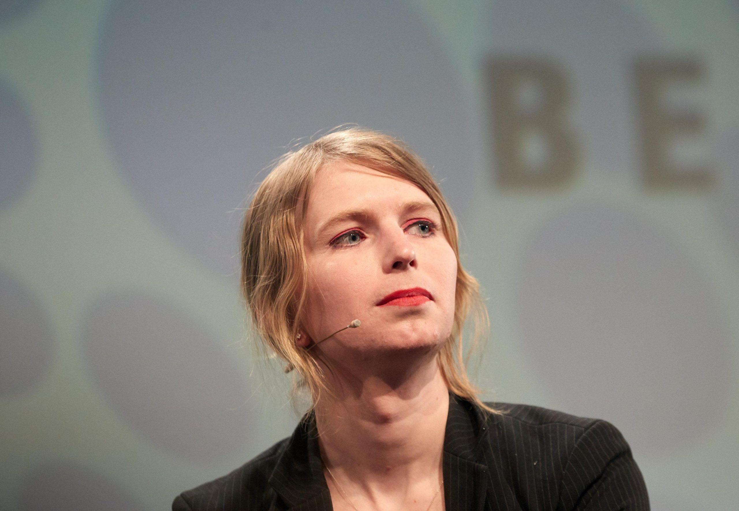 Milano, Chelsea Manning tenta il suicidio