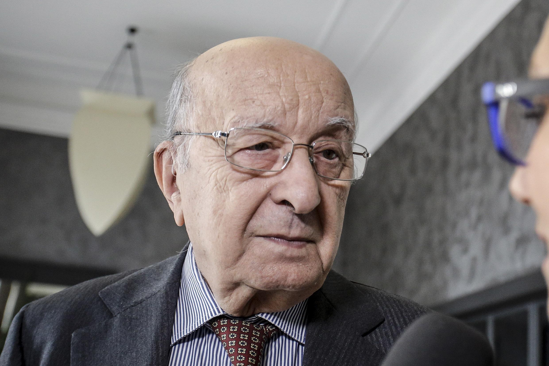 Ciriaco De Mita sequestrato e derubato dai ladri: paura per l'ex premier