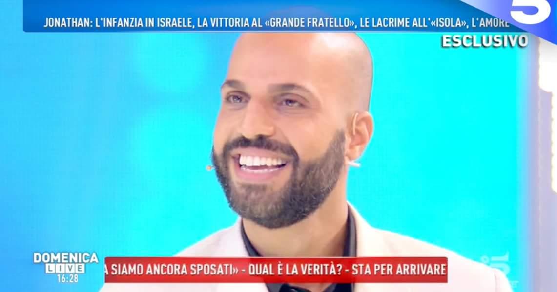 'Domenica Live', Jonathan e l'affetto speciale per Bianca Atzei