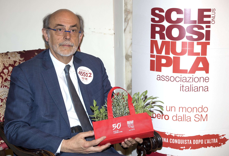 Sclerosi multipla: oltre 3mila casi in più ogni anno in Italia