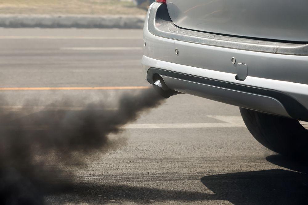 Inquinamento in città, le auto sono davvero innocenti? L'aria supera ancora i livelli d'inquinamento consentiti anche per colpa loro