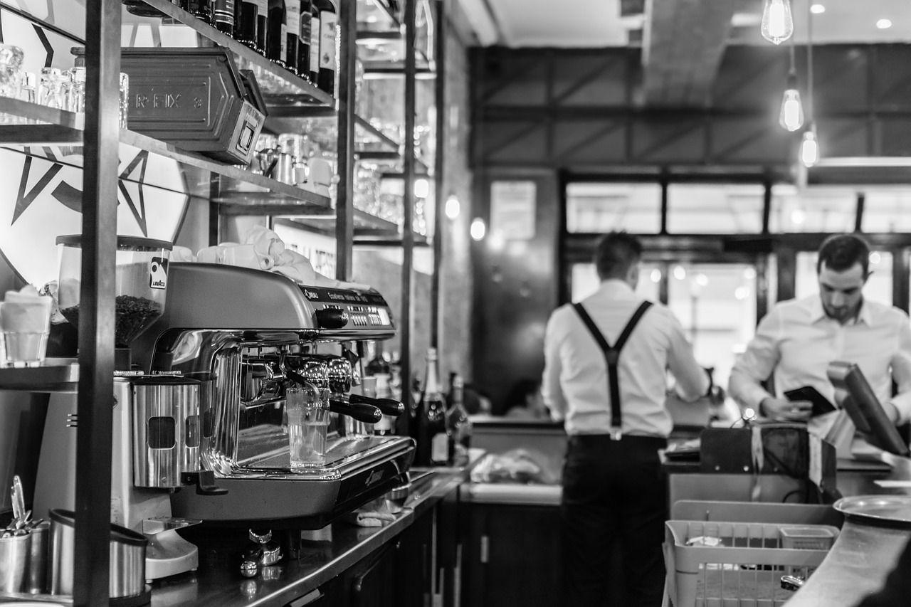 Milano Marittima: cameriere trova un bracciale da 50mila euro e lo restituisce