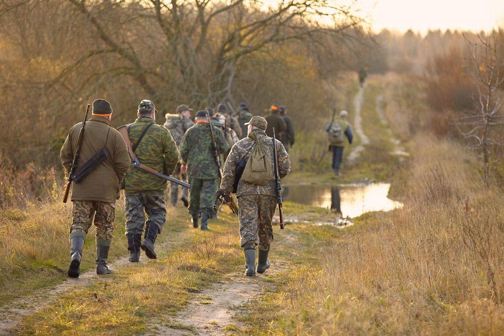 Vuoi andare a caccia? Tesserino gratuito e orari più elastici