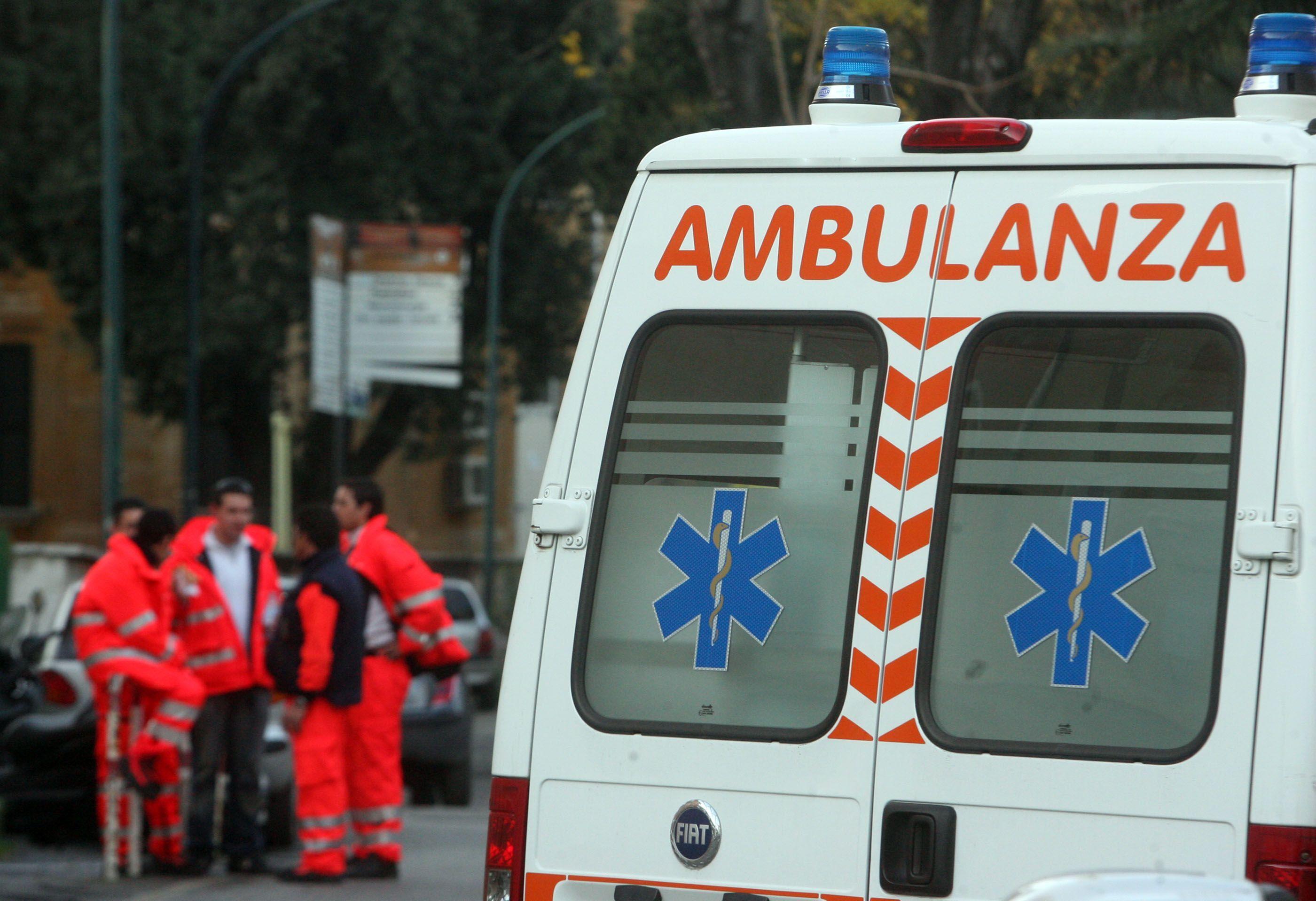 Nonni muoiono in incidente: stavano andando dalla nipotina appena nata