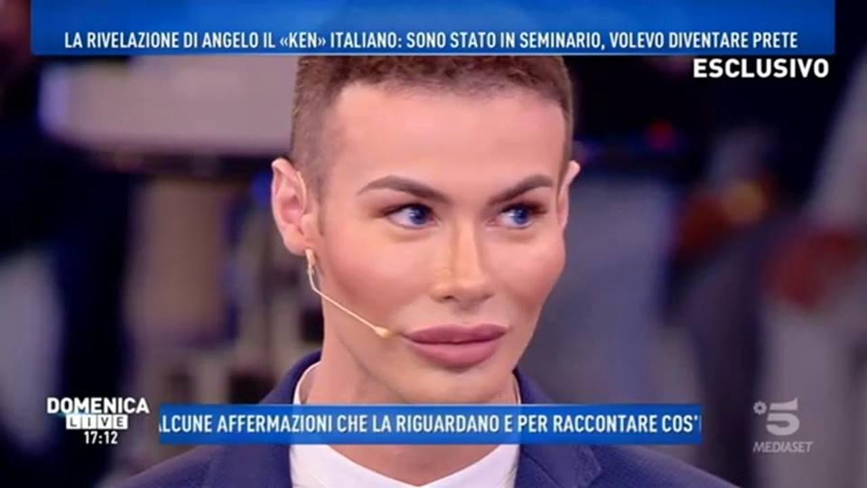 'Domenica Live', Angelo Sanzio attacca Simone Coccia