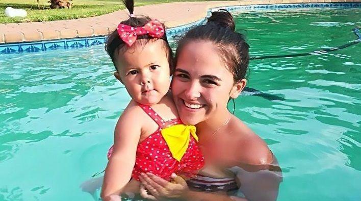 Salva per miracolo dopo un incidente stradale, mamma non sa che la figlia di un anno è morta
