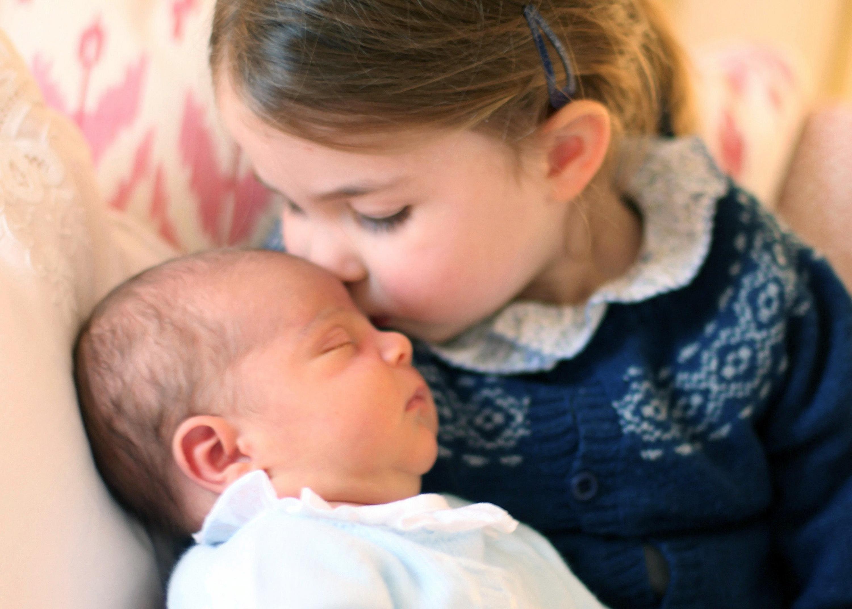 Louis di Cambridge: le prime foto del terzo figlio di William e Kate